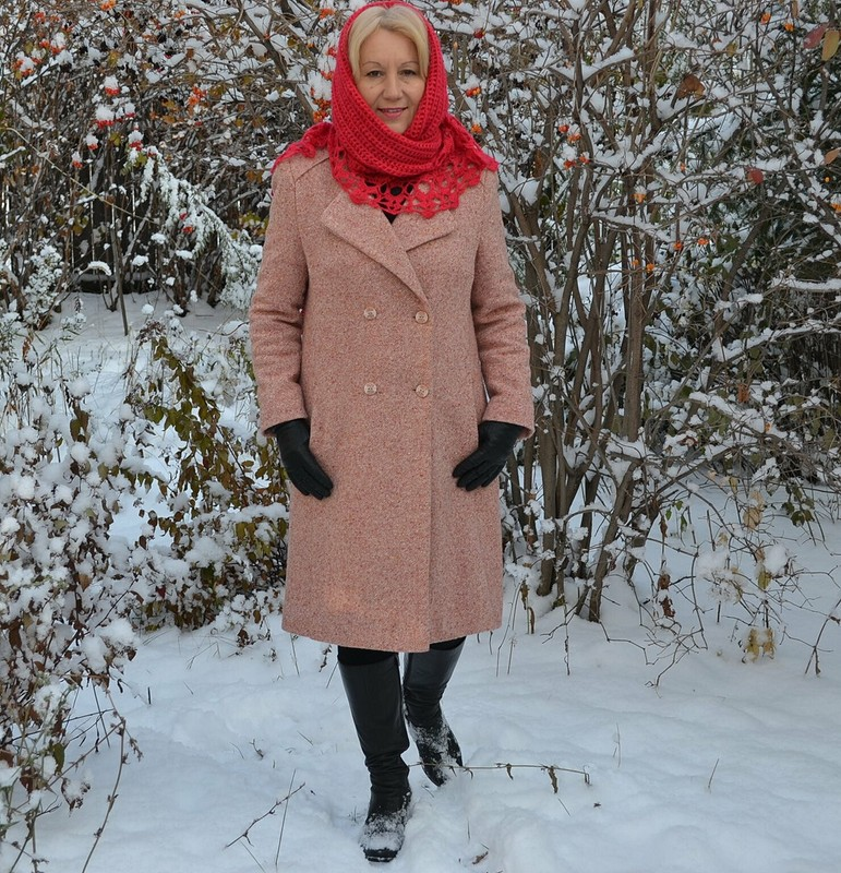 Пальто безворотника от Rozali