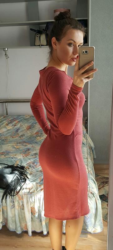 Платье сволнообразным вырезом горловины от Netysya