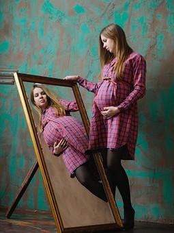 Работа с названием Платье для беременной