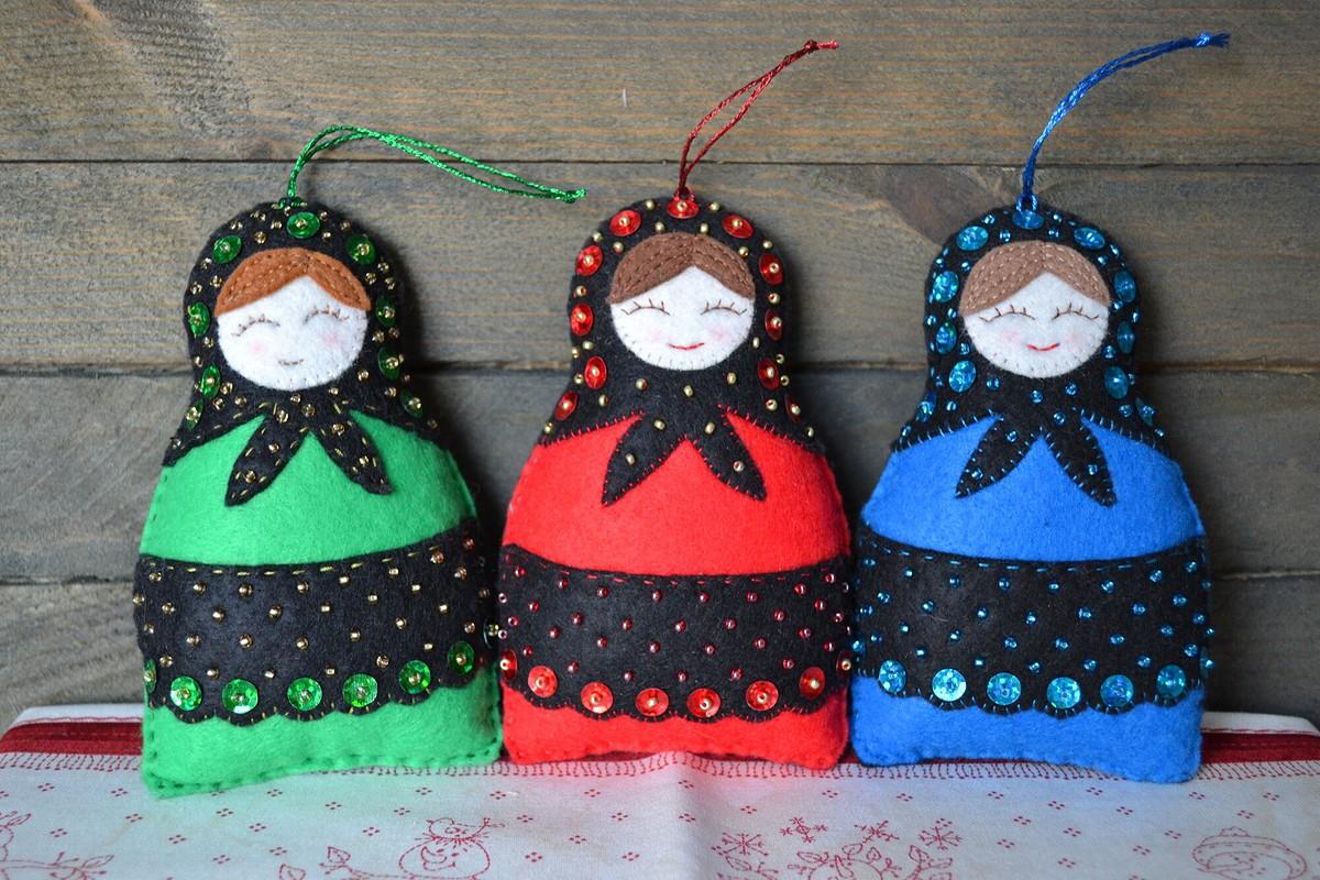 Ёлочные игрушки «Подружки-хохотушки» от Mazutova