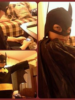 Работа с названием Бетмен