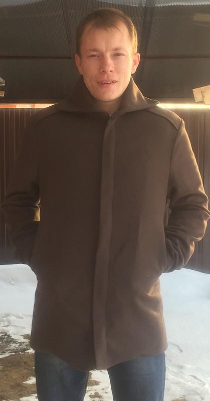 Первое мужское пальто