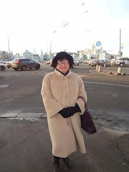 Работа с названием Теплое пальто