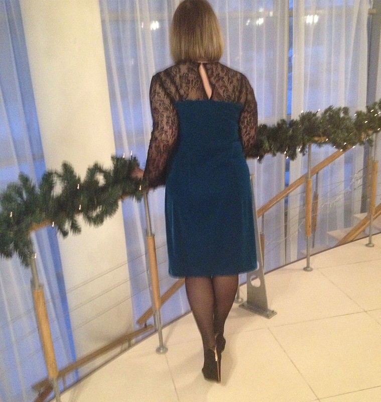 Бархат, кружево ивышивка бисером: платье-переделка от EVERA