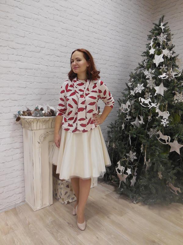 Блузка споцелуями от AnastasiaKizimova