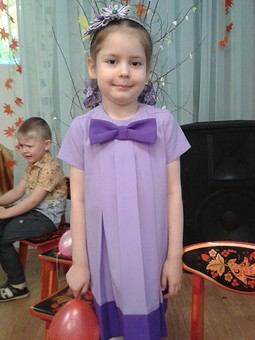 Работа с названием Платье детское из габардина