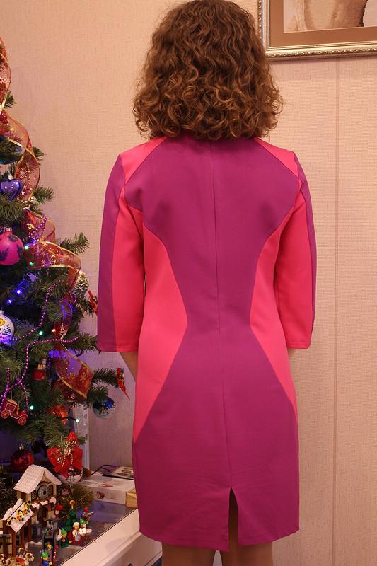 Платье ягодного цвета