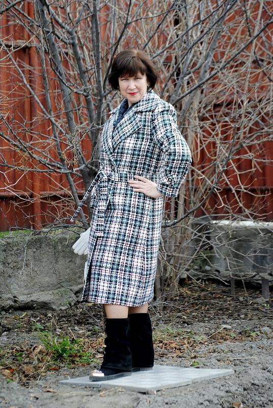Клетчатое пальто