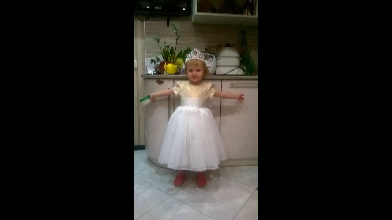 Новогоднее платье изничего