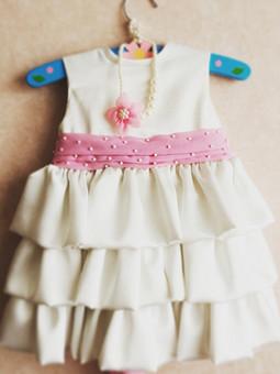 Работа с названием Мамина работа - платье дочке на два года