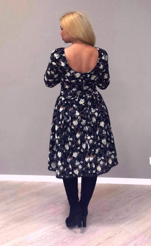 Платье изжоржета сфлоком