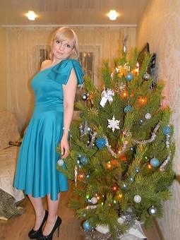 Работа с названием Платье на новый год