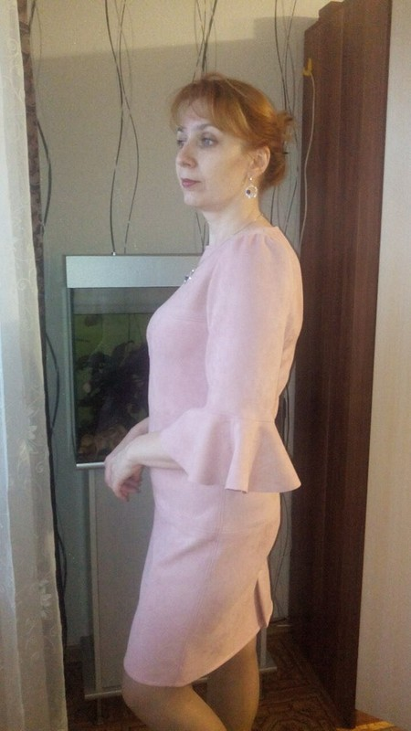 Пудра или юбилейное платье)))