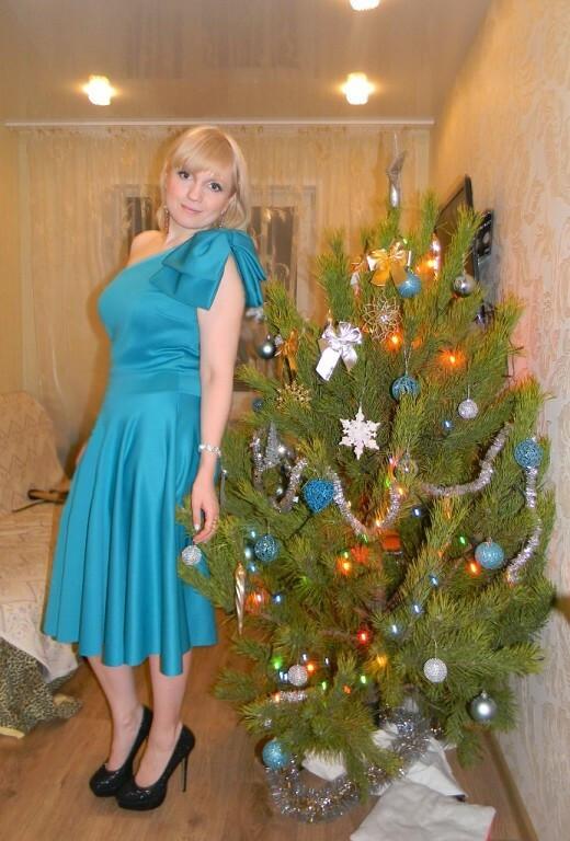 Платье нановый год от Lionella