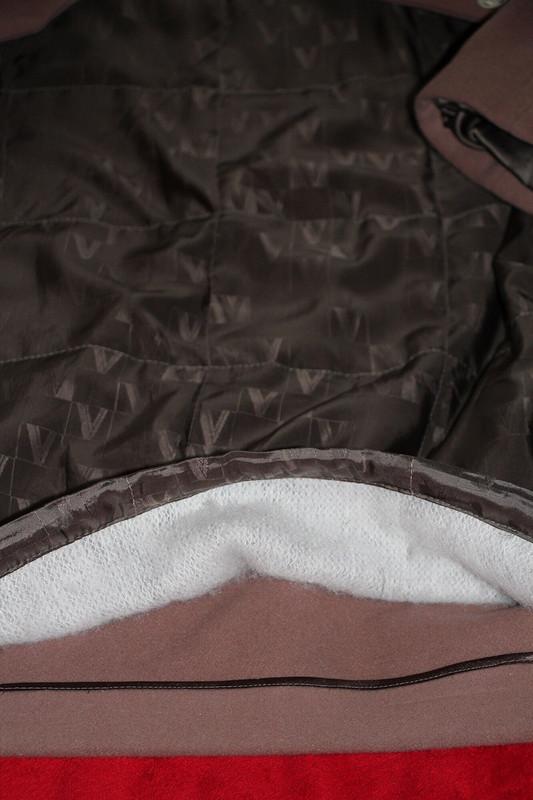 Тепленькое пальто икостюм