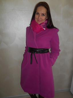 Работа с названием Пальто для сестры