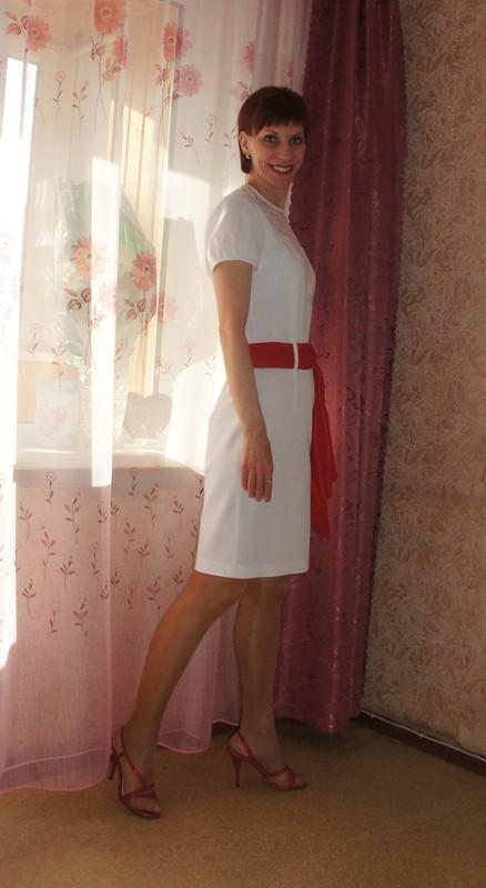 Белое платьишко