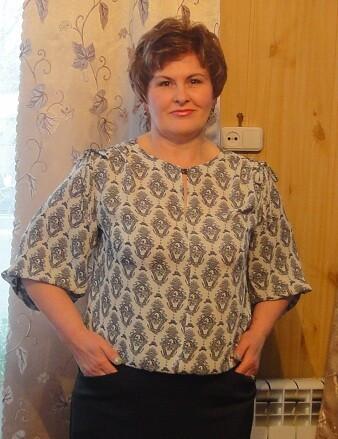 Блузка смедальенами