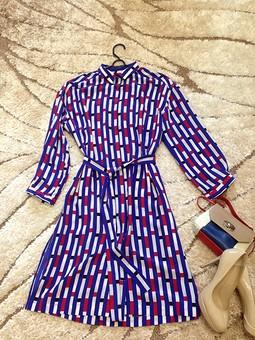 Работа с названием Платье.. или рубашка..?