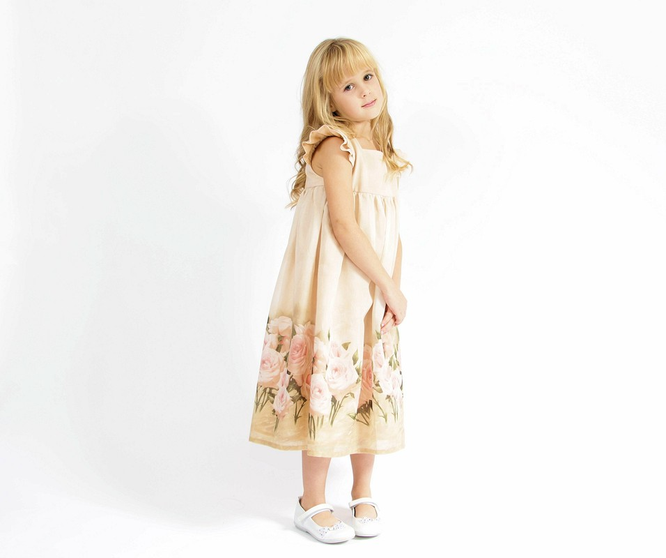 Четыре платья дляюной леди от Maverick