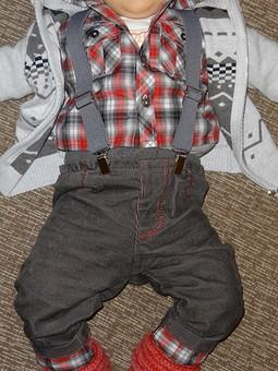 Работа с названием Рубашка и брючки для мальчика (1год)