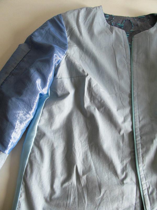 150-й выход влетнем пальто