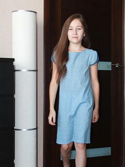 Работа с названием Платье с якорьками