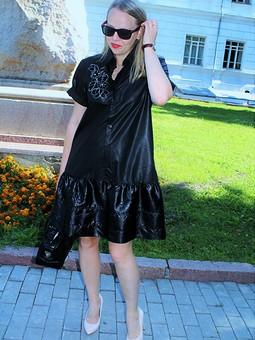 Работа с названием Платье-рубашка с оборкой