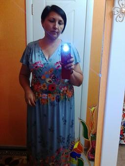 Работа с названием Платье цветочная поляна)