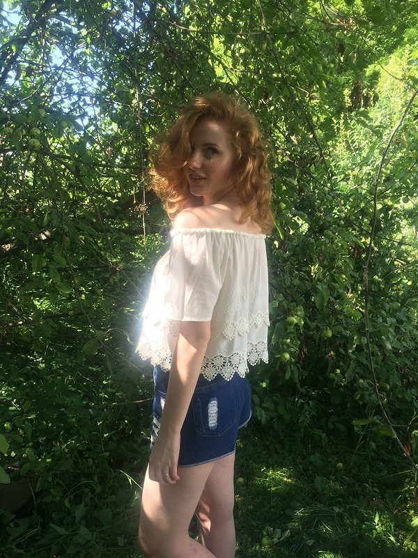 Блузка Кармен