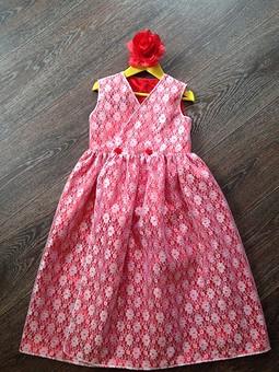 Работа с названием Нарядное платье для младшей