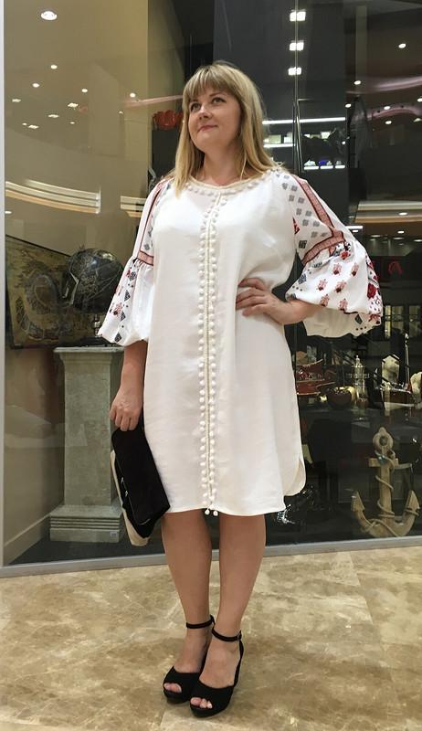 Платье надвойной юбилей