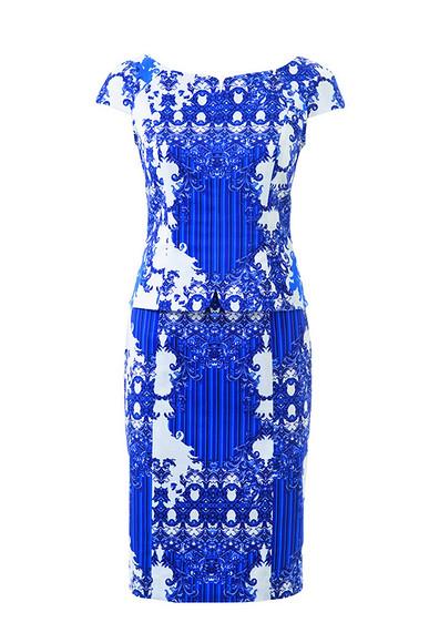 Платье-футляр сцельнокроеной баской своими руками