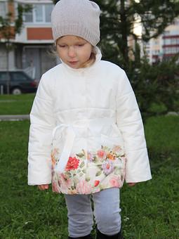 Работа с названием Пальто в цветочек