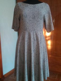Работа с названием Платье с асимметричной юбкой