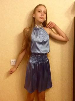 Работа с названием Платье для дочери к Новому году