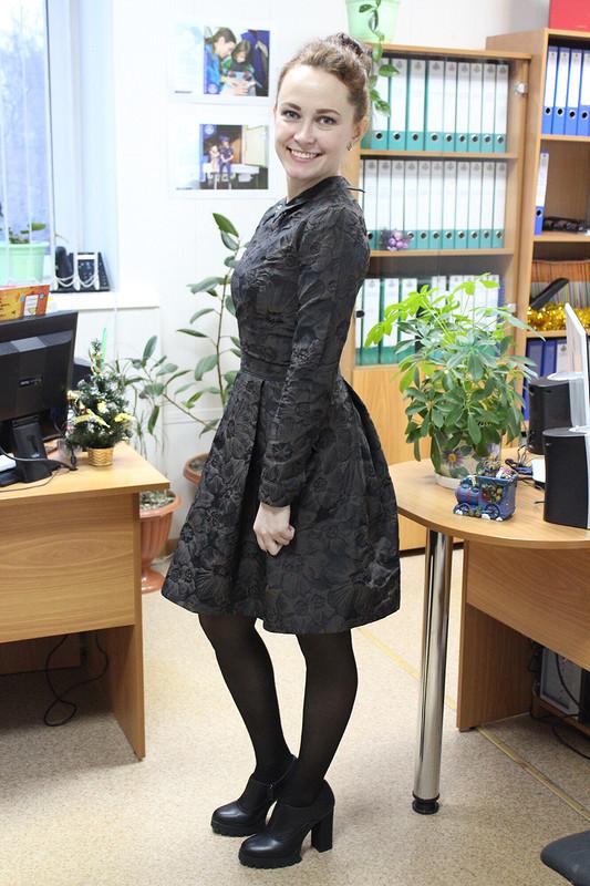 Платье избронзы