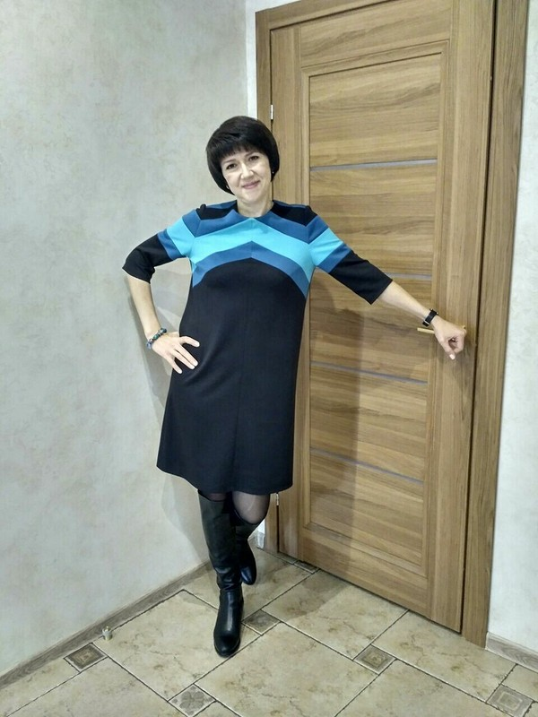 Платье сзаморочками от Mari Sha