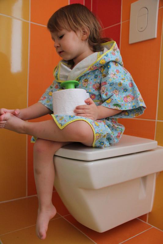 Девушка, какая баня, унего дома ванна есть