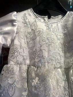Работа с названием Платье на крещение доченьки