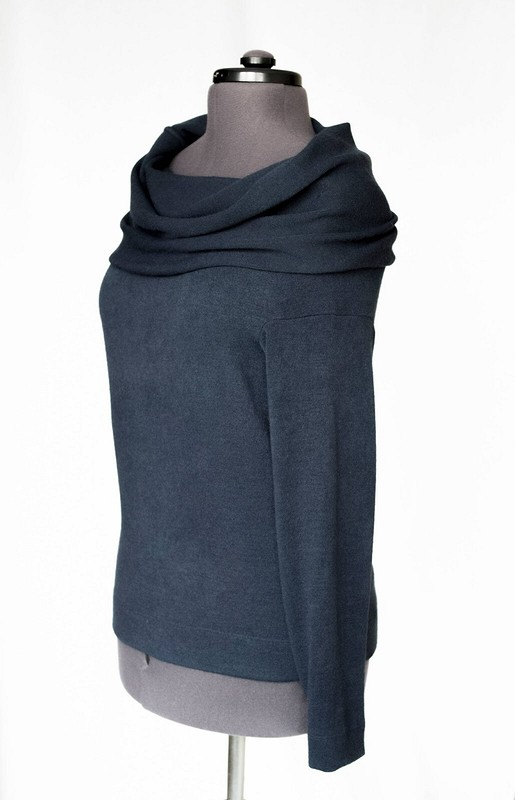 Два пуловера изтрикотажа сангорой от Katinelli
