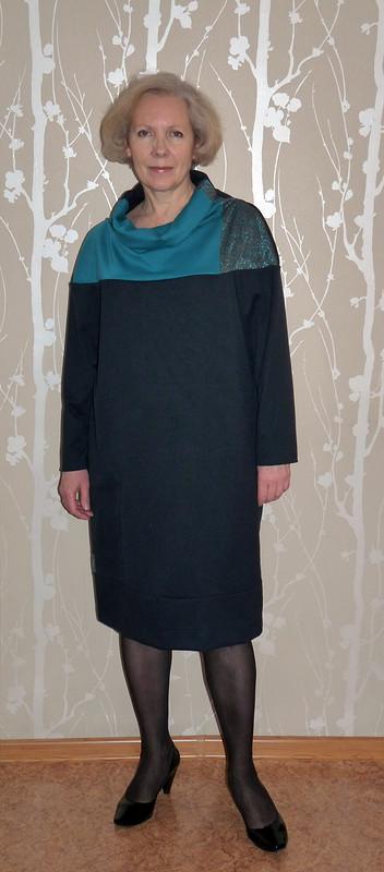 Платье повыкройке пуловера