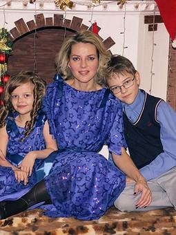 Работа с названием Платье детское праздничное