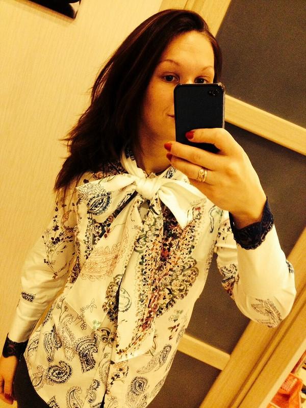 Блуза скружевными рукавчиками