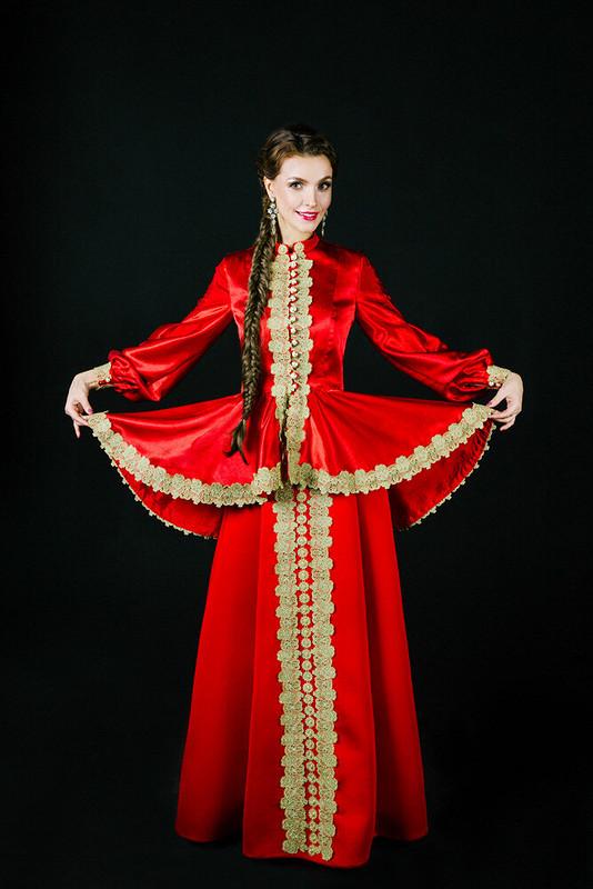 Дебют-сценические костюмы врусском стиле. Женский жакет сбаской-зипун