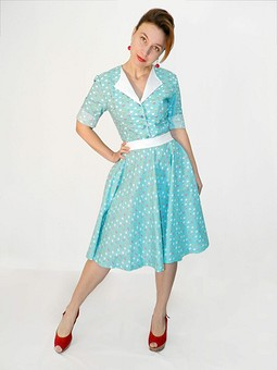 Работа с названием Ретро платье)))