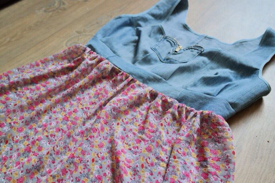 Платья изджинс