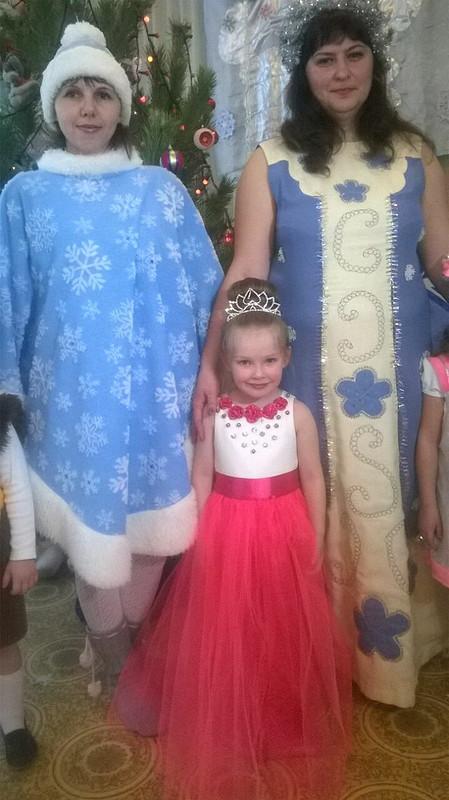 Платье дляплемянницы нановогодний утренник!