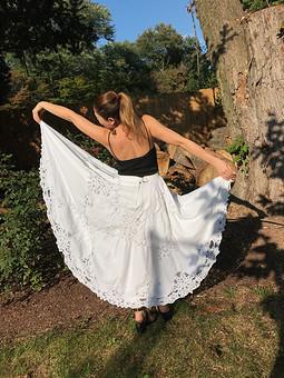Работа с названием Юбка из  винтажной скатерти