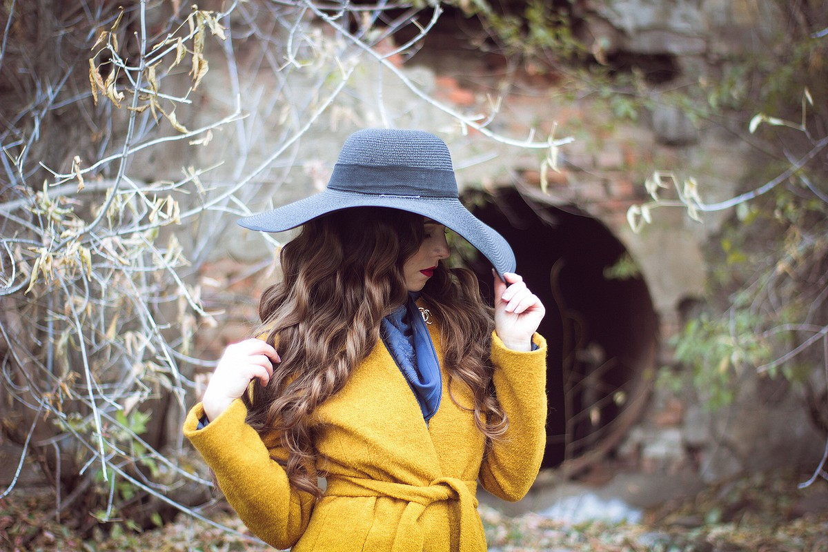 Пальто «Шанель» цвета осени от Yuliana